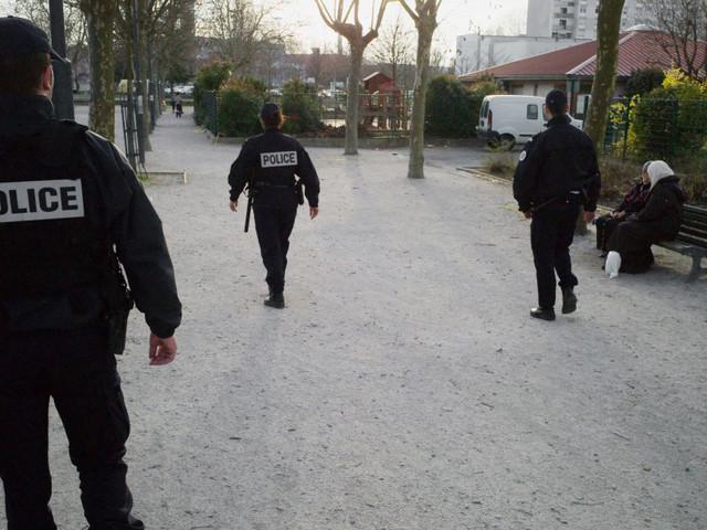 """La """"police de la sécurité du quotidien"""" d'Emmanuel Macron, cette police de proximité qui ne dit pas son nom"""
