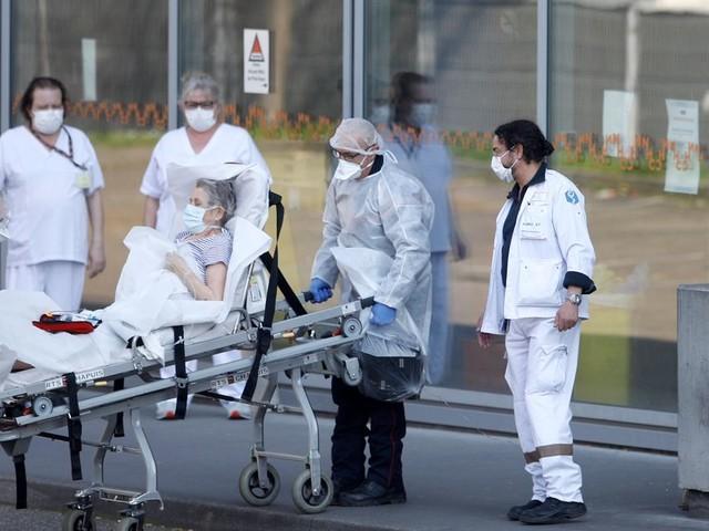 Coronavirus: les hôpitaux privés demandent à être réquisitionnés