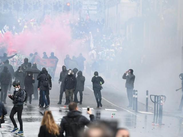 Vingt-et-une interpellations lors d'un rassemblement des Gilets jaunes tendu à Montpellier