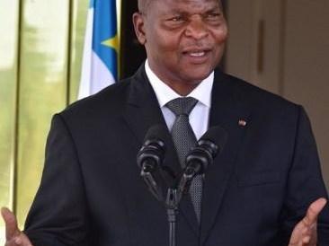 Centrafrique: le président Touadéra rencontre l'ex-président François Bozizé