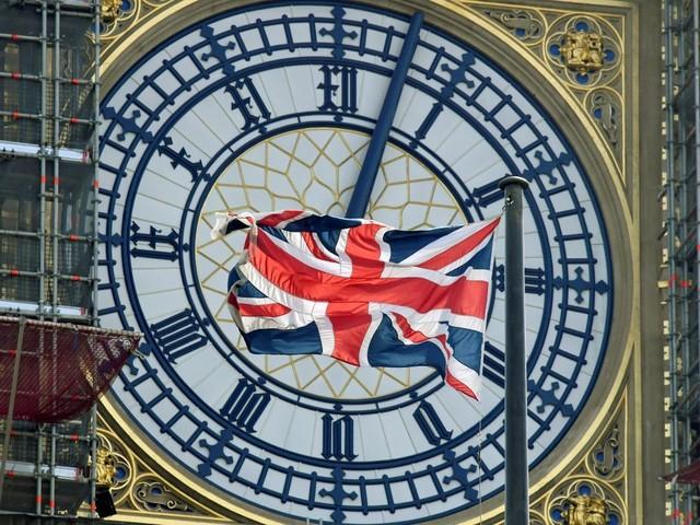 Joute parlementaire à Westminster où l'opposition à Johnson s'organise