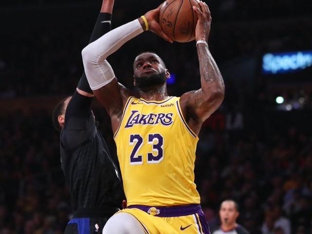 Basket – NBA : Les Lakers remportent le match au sommet, les Kings le match des derniers