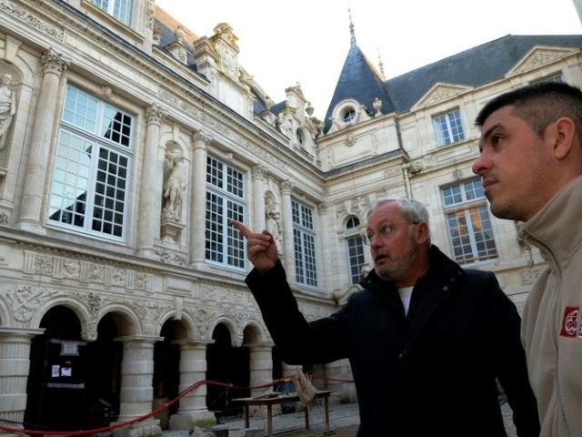 La Rochelle : le plus vieil hôtel de ville de France renaît de ses cendres