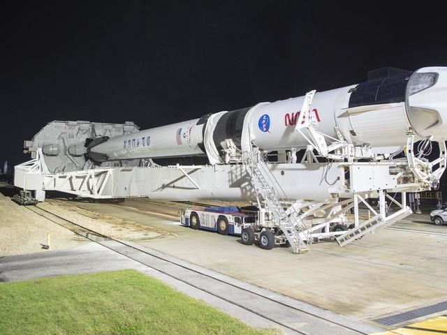 SpaceX : lancement samedi de quatre astronautes vers l'ISS