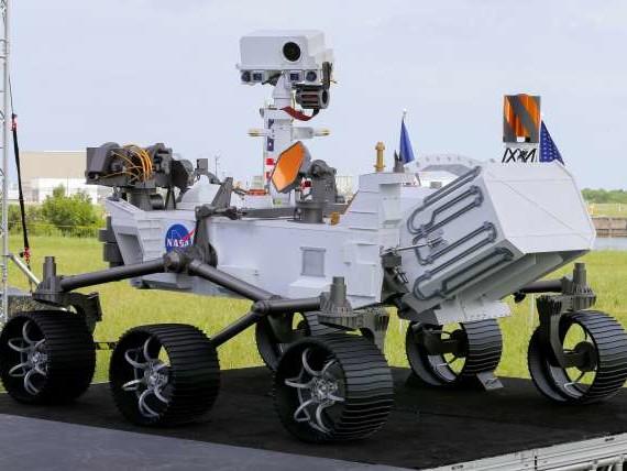 La NASA a lancé jeudi son astromobile pour chercher des traces de vie passée sur Mars