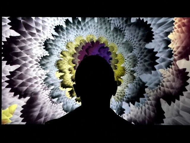 """Les oeuvres numériques """"NFT"""" font pleuvoir des millions sur le marché de l'art"""