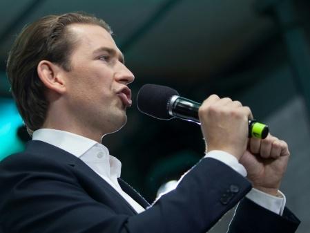 Autriche : le chancelier Sebastian Kurz poussé vers la sortie