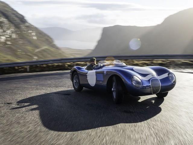Vidéo : Ecurie Ecosse recrée la mythique Jaguar Type C