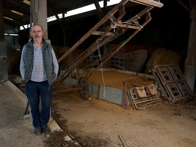 Pesticides: la solitude des agriculteurs, malades de Parkinson