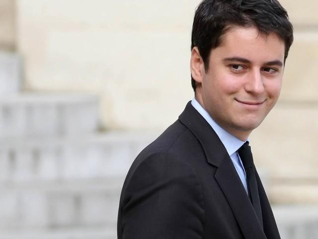 Gabriel Attal outé : le jeune secrétaire d'État évoque enfin son homosexualité