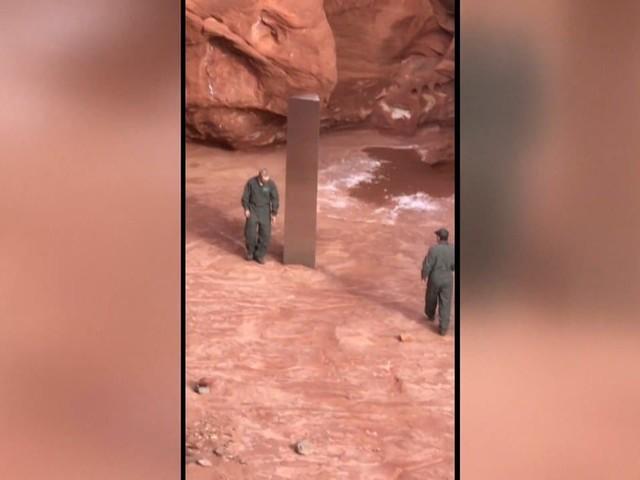 Un mystérieux monolithe en métal a été retrouvé en plein milieu du désert de l'Utah
