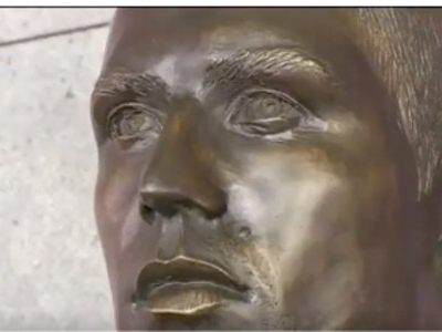 Cristiano Ronaldo a fait remplacer son buste raté à Madère (vidéo)