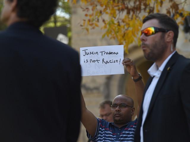 Trudeau n'a pas à s'excuser, selon La Ligue des Noirs