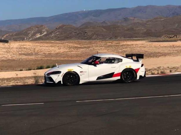 La Toyota Supra GT4 roule enfin