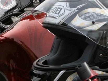 Moto : quels risques et sanctions en cas de non-port du casque ?