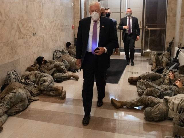 La Garde nationale campe au Capitole face à la menace de nouvelles violences