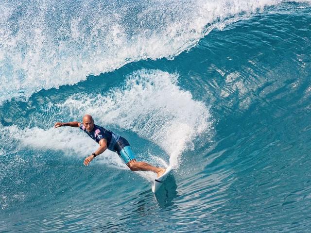 Le surf aux JO 2020, ce sera sans la légende Kelly Slater