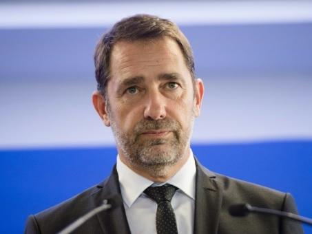 """Tuerie à la PP: Castaner récuse tout """"scandale d'Etat"""", veut """"resserrer le tamis"""" sur la radicalisation"""