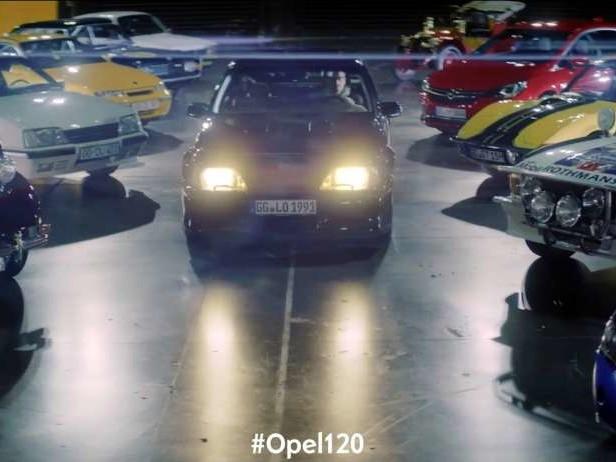 Opel : 120 ans en moins d'une minute !