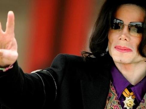 Des médecins dévoilent les secrets des pas de danse de Michael Jackson pour la chanson Smooth Criminal
