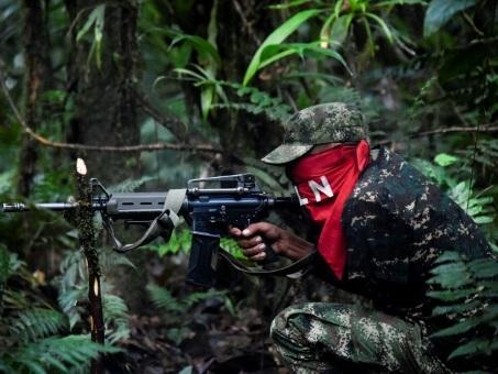 Dans la jungle avec l'ELN, dernière guérilla de Colombie et d'Amérique