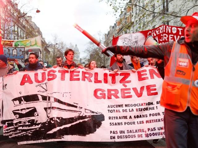 Grève SNCF: taux de grévistes au plus bas depuis le 5, un tiers des conducteurs mobilisés