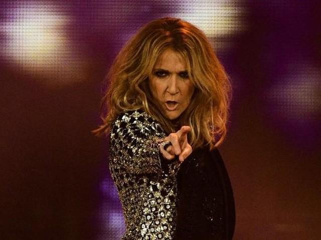 Cheveux bruns et coupe garçonne, Céline Dion déroute ses fans avec un nouveau look très étonnant