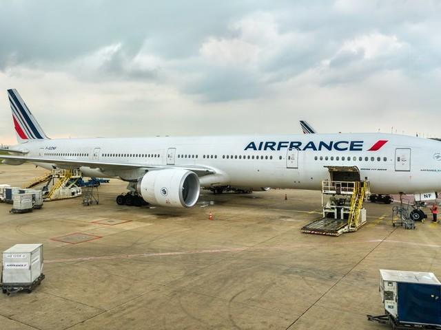 Deux syndicats d'Air France appellent les navigants à la grève la semaine prochaine