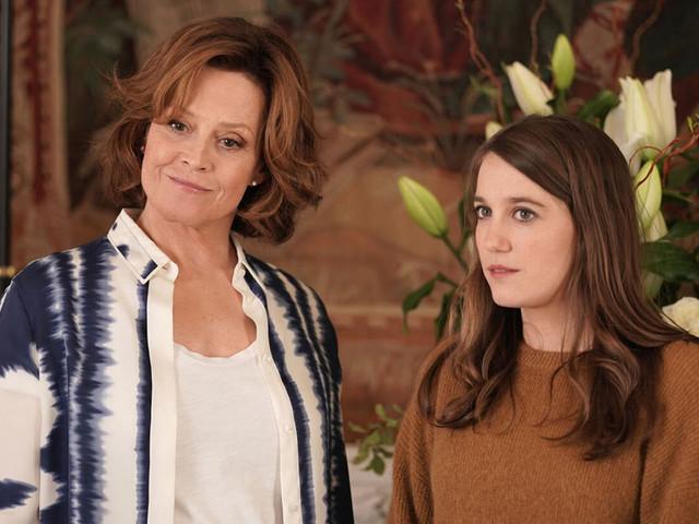 La façon improbable dont Sigourney Weaver a intégré le casting de « Dix pour cent »