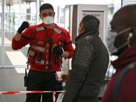 Coronavirus: la France a l'Italie à l'oeil