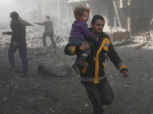 """En Syrie, au moins 250 morts en deux jours, la France craint """"un cataclysme humanitaire"""""""