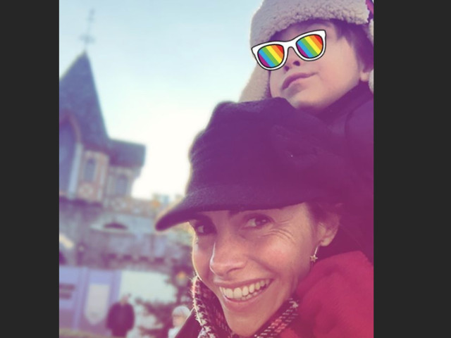 Alessandra Sublet, séparée : Emerveillée avec ses enfants à Disneyland