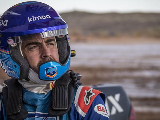 Fernando Alonso continue sa préparation sur le Toyota Hilux Dakar