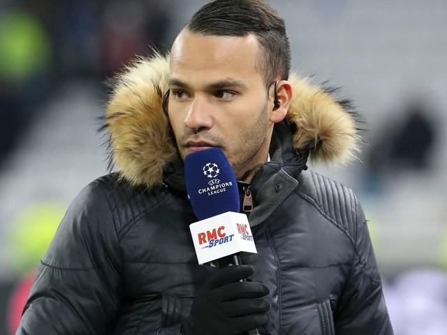 """Mohamed Bouhafsi quitte RMC pour rejoindre """"C à vous"""" sur France 5"""