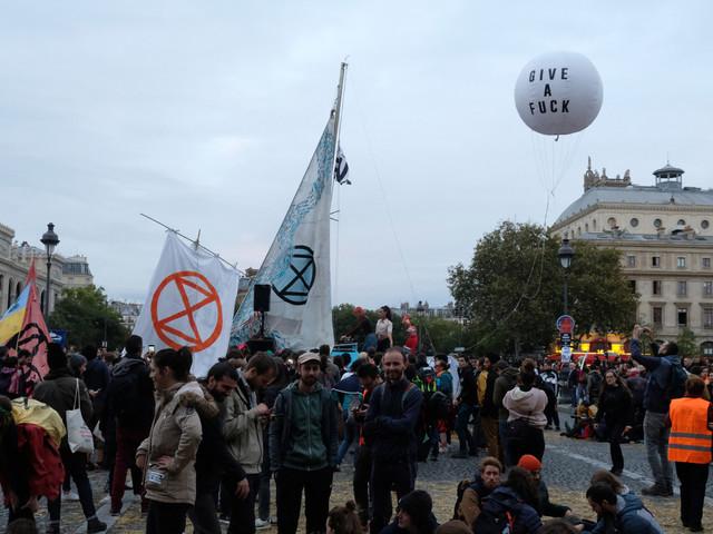 Extinction Rebellion prend ses quartiers dans le centre de Paris