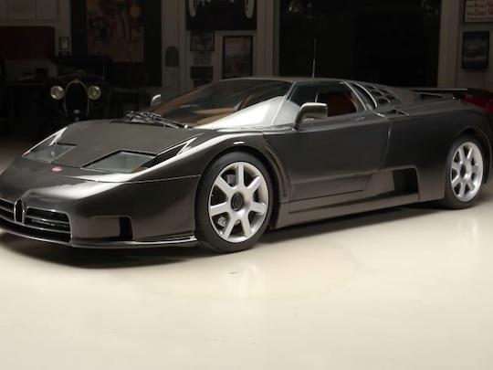 """Bugatti EB110 SS Dauer """"Carbone"""", licorne automobile"""
