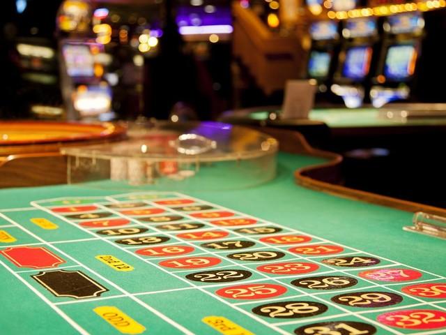 Les cinémas et casinos rouvrent lundi 22 juin et les stades le 11 juillet