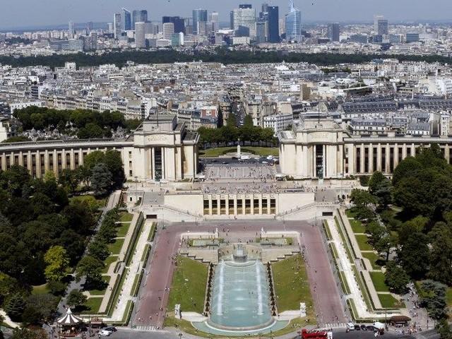Palais de Chaillot, la danse des droits de l'homme