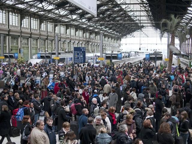 La grève du 5 décembre à la SNCF peut-elle durer jusqu'à Noël?