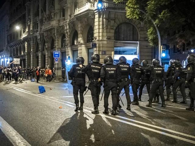 Catalogne : 12 journalistes blessés, une enquête réclamée