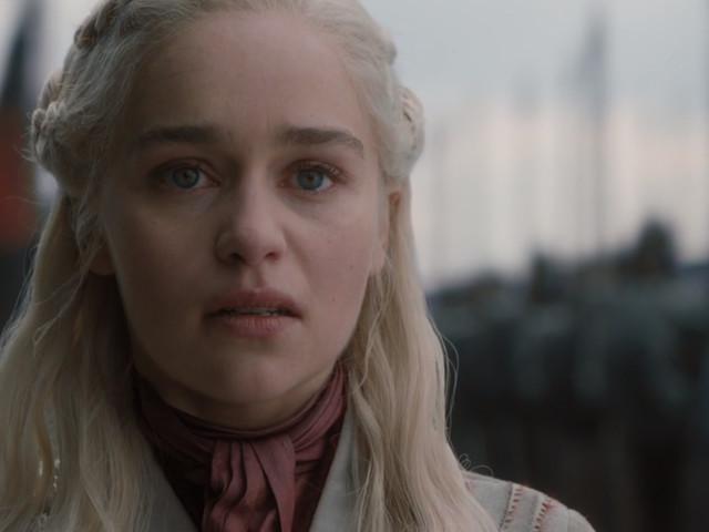 "À la fin de ""Game of Thrones"", Daenerys sera-t-elle une ""Reine Folle""?"
