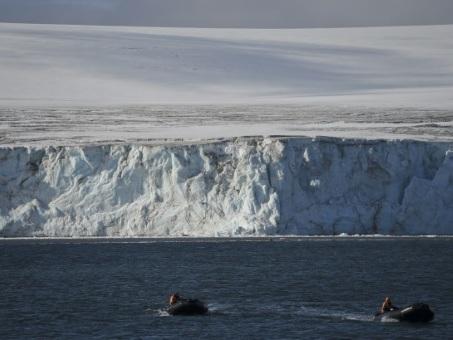 Une solution contre la fonte de l'Antarctique ouest? Des canons à neige