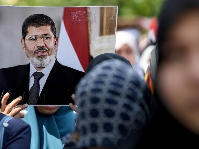 Egypte : Mohamed Morsi, un mort encombrant