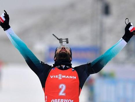 Biathlon: Fourcade remporte la mass start d'Oberhof et prend la tête du général