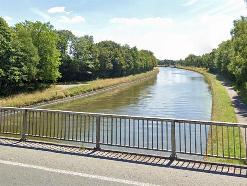 Une voiture tombe dans le canal à Péruwelz: le conducteur est décédé