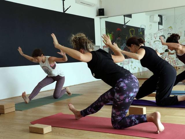 """Tendance : comment le Béarn est devenu """"gaga"""" du yoga"""