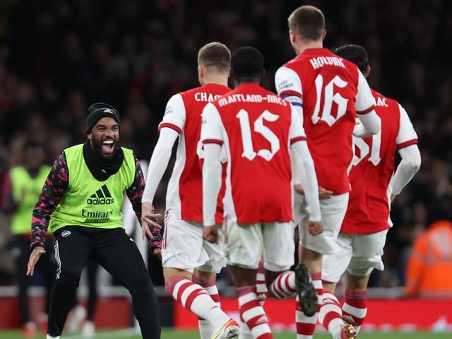 Arsenal file en quarts de finale