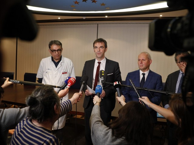 118.000 euros de MSD, 116.000 euros de Roche : faut-il s'inquiéter des liens entre labos et conseils scientifiques ?