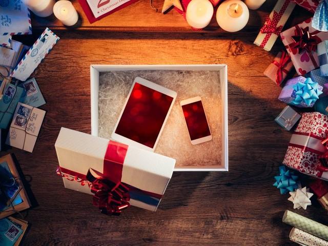Pour Noël, les smartphones à offrir qui ne seront pas obsolètes après le Nouvel An