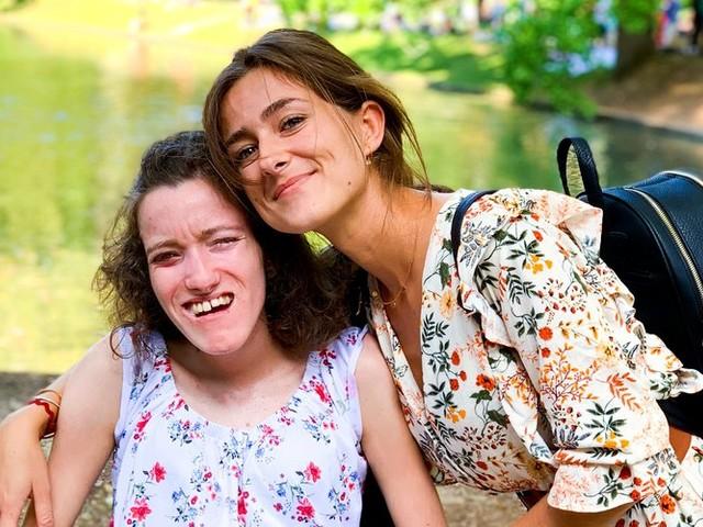 Pia : Alexandra a besoin d'un collyre pour ne pas perdre la vue... Mais la Sécu ne rembourse pas